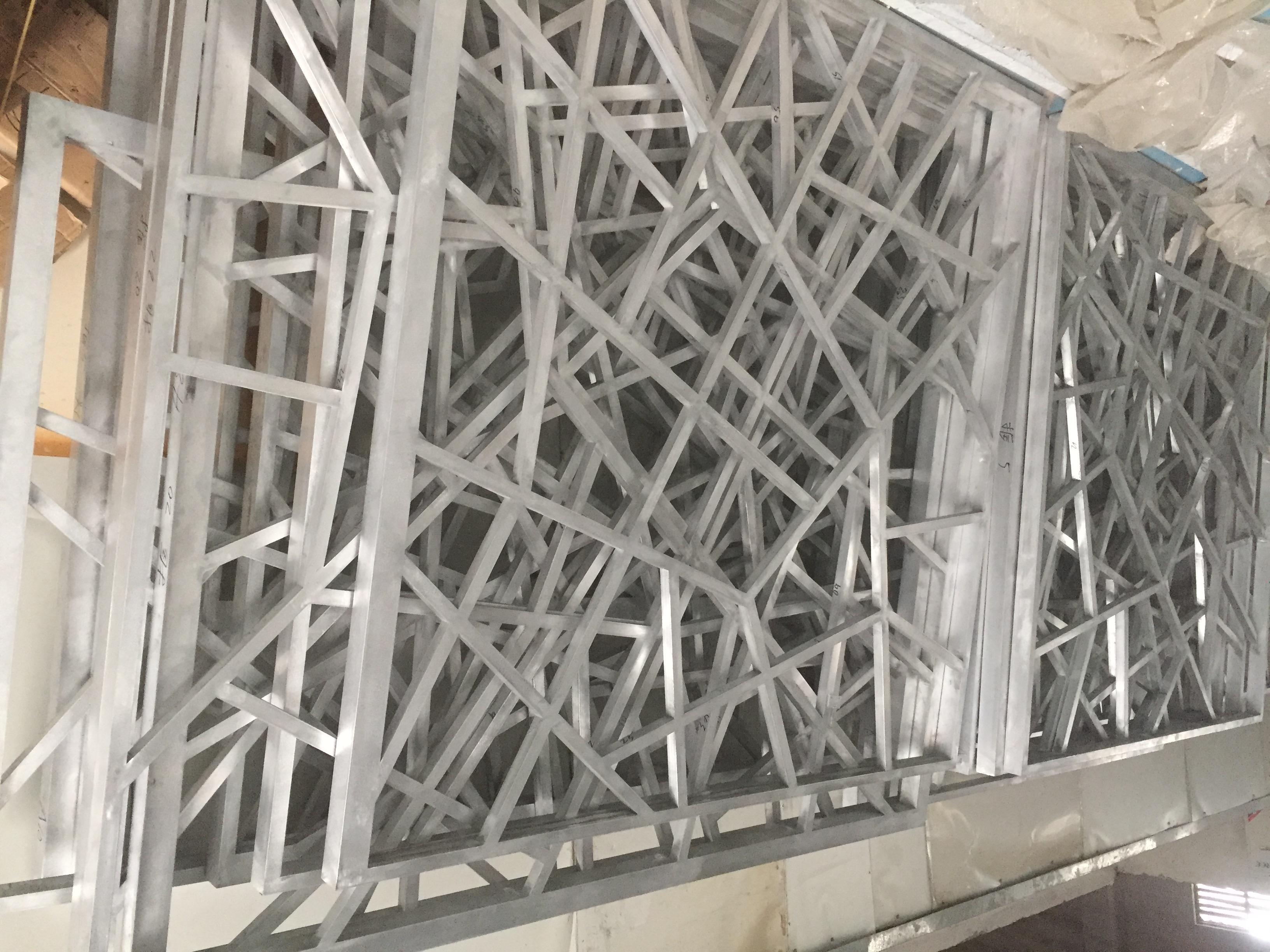 铝窗花天花